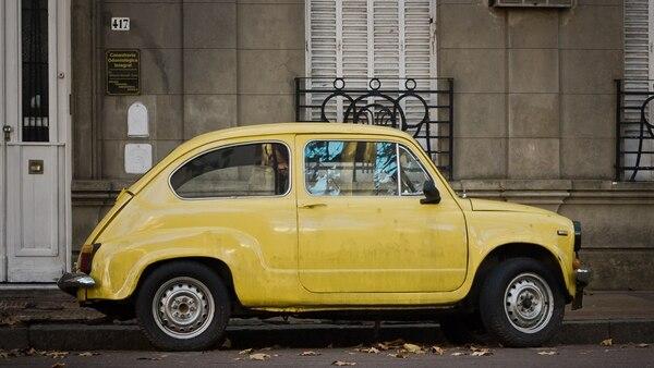 El 10 de Marzo de 1955 se presentó en el Salón de Ginebra el primer prototipo del Fiat 600