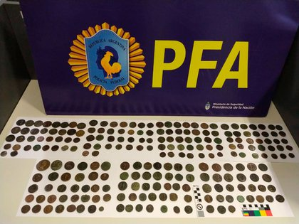 El lote de monedas recuperadas.