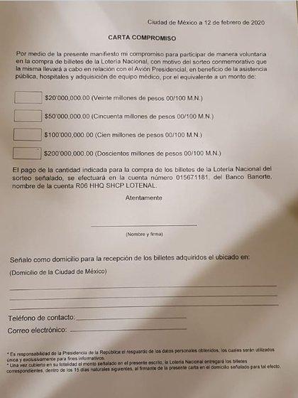La carta que les fue entregada a los empresarios en la cena de este miércoles 12 de febrero en Palacio Nacional (Foto: Twitter)