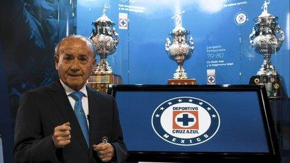 Reapareció Guillermo Álvarez Cuevas, tras las acusaciones que ha recibido por lavado de dinero (Foto: Captura de Pantalla/ Cruz Azul)
