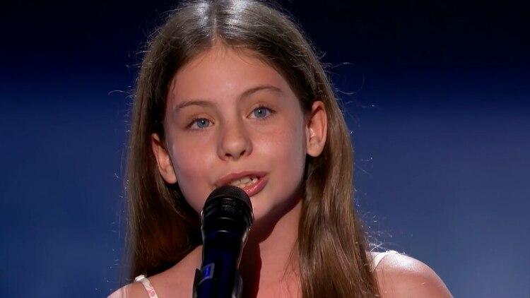 La pequeña de 10 años ya es una veterana en los programas de búsqueda de talentos (Fotos: captura de pantalla)
