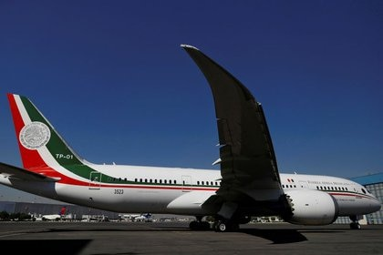 Avión presidencial de regreso a México, aterriza en AICM
