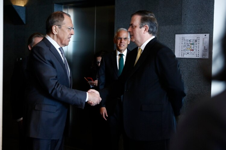 Visita de Lavrov contribuye a fortalecer vínculos entre México y Rusia