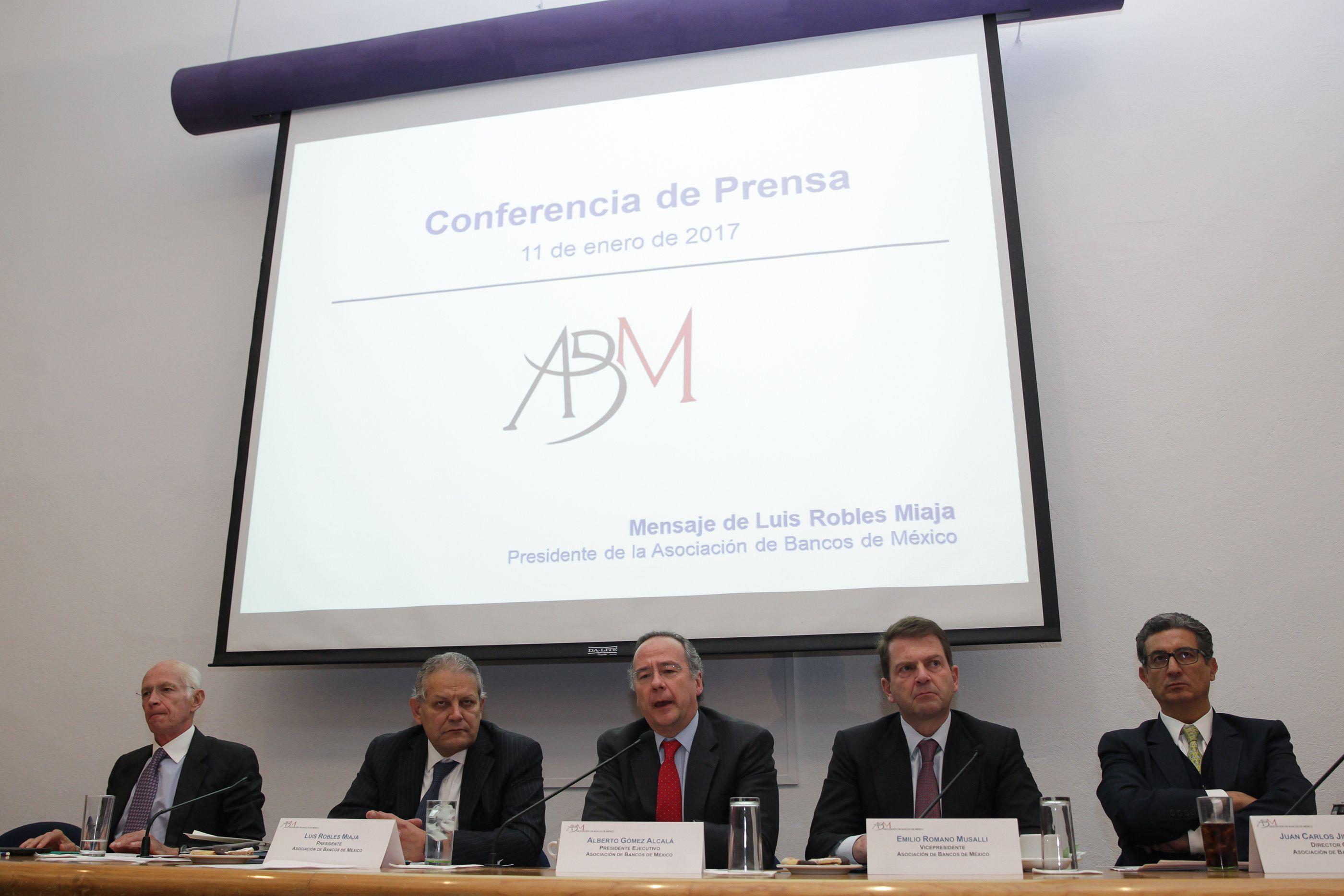 LA ABM también criticó a mediados del pasado diciembre la reforma al Banxico con argumentos parecidos a la ICC (Foto: Alex Cruz/ EFE)
