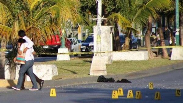 Otro de los cuerpos hallados durante la mañana de este martes en Cancún.