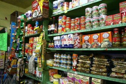 A un dia que Diconsa anunciara los aumentos de precios en algunos productos de la canasta básica. FOTO: SAÚL LÓPEZ/ CUARTOSCURO (ARCHIVO)