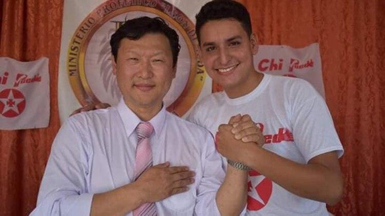 El candidato Coreano boliviano del PDC, Chi Hyun, propone tratamiento siquiatrico y reinsertar a los homosexuales
