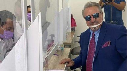 "Carlos Villagrán; ""Kiko"" se quedó sin candidaturas en Querétaro (Foto: Captura de Pantalla Querétaro Independiente)"