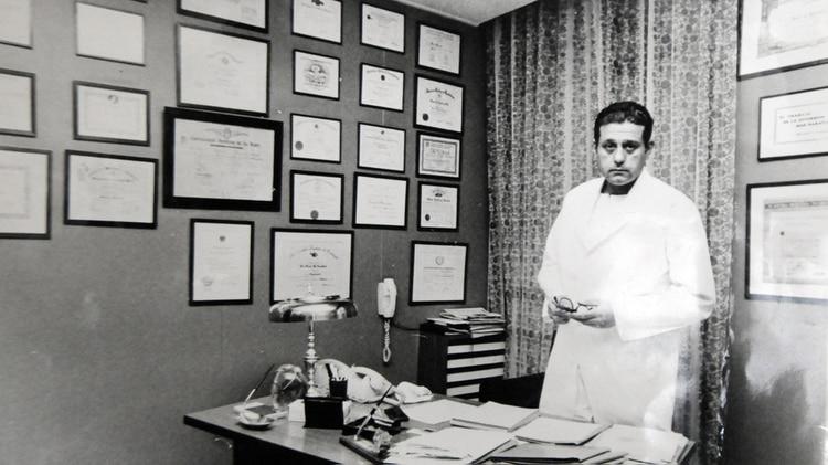 René Favaloro desde muy joven acumulaba pergaminos y logros en su carrera (Fundación Favaloro)