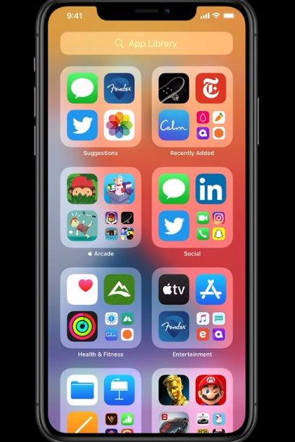 Se pueden ocultar las apps simplemente deslizando a la derecha.