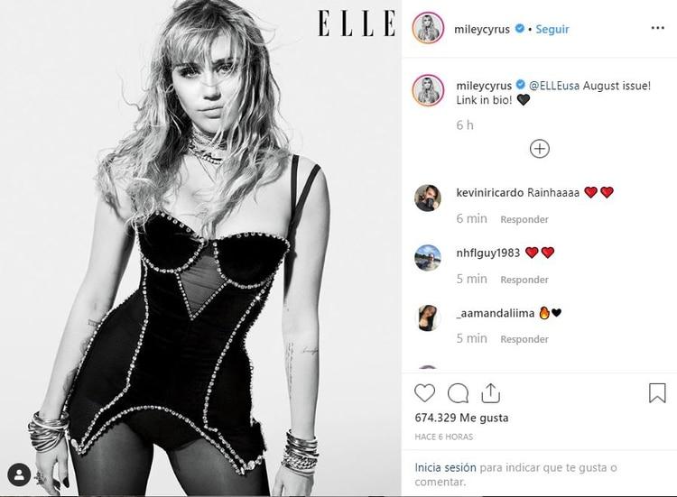 La cantante de 26 años es la portada de agosto de la revista Elle. (Foto: Instagram)