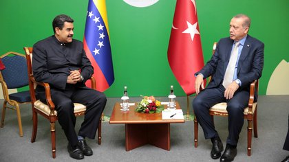 Nicolas Maduro y Tayyip Erdogan (Reuters)