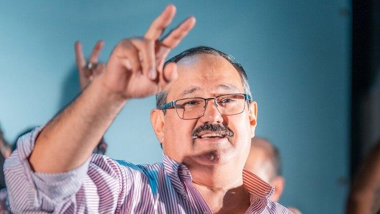 El candidato a gobernador Sergio Leavy cuentacon elapoyo de Alberto Fernández. Competirá contra un hombre de la estructura de Urtubey, el vicegobernador Miguel Isa.