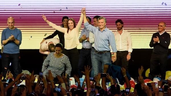 Triunfo del oficialismo en las elecciones legislativas en Argentina