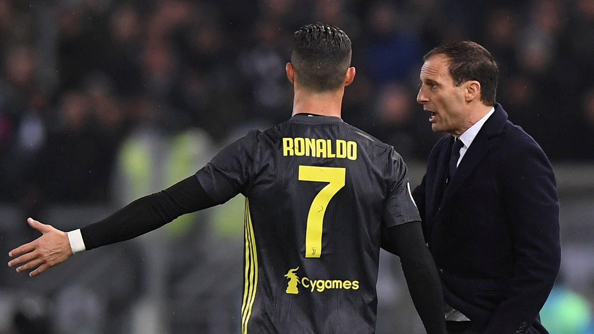 El técnico no quedó conforme con la actitud del portugués durante su estadía en la Juventus. Foto: REUTERS/Alberto Lingria
