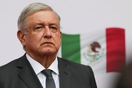 "TEPJF urgió al INE definir medidas cautelares a ""las mañaneras"" de AMLO REUTERS/Henry Romero/File Photo"