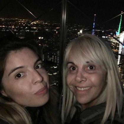 Dalma Maradona y Claudia Villafañe. (Foto: Instagram)