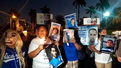 Familiares de presos políticos en una protesta (Cortesía La Prensa)