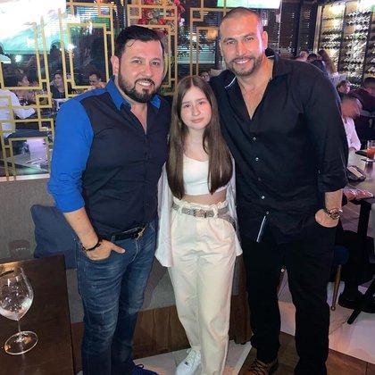 Rafael Amaya en compañía de su gran amigo, Roberto Tapia  (Foto: Instagram @robertotapia)