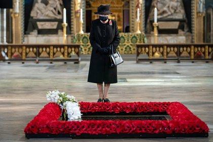 """Las conmemoraciones para honrar a los británicos muertos en combate, normalmente organizadas con gran pompa, se reducirán así este año, ya sea para el """"Remembrance Sunday"""" (Domingo del Recuerdo), que tiene lugar cada segundo domingo de noviembre, o para el 11 de noviembre, celebrando el armisticio firmado en 1918 entre Alemania y los Aliados"""