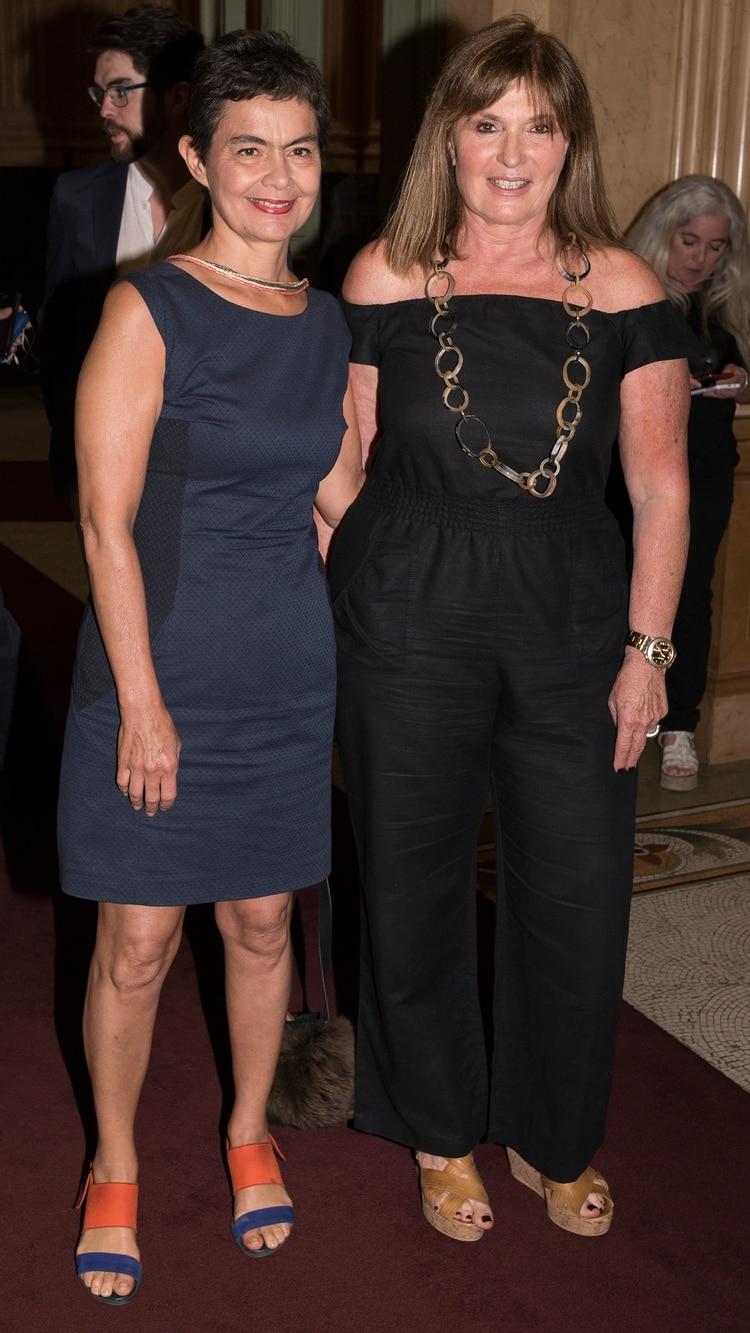 Con María Eugenia Estenssoro como conductora del programa