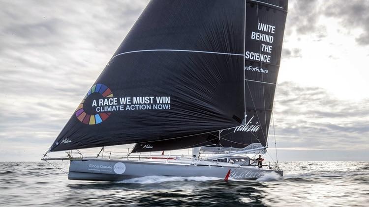"Greta viajará en el velero ""Malizia II"", equipado con paneles solares y turbinas submarinas (@GretaThunberg)"