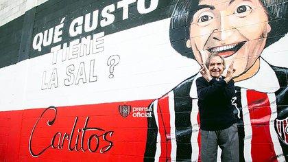 El Club Chacarita le rindió homenaje con un mural en el estadio (Prensa Chacarita)