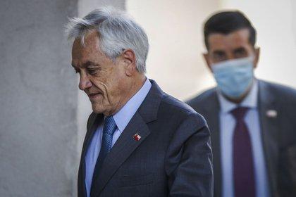 """El Presidente Sebastián Piñera realizó una dura """"autocrítica"""" durante este domingo tras los resultados de las """"mega elecciones"""". SEBASTIAN BELTRAN GAETE/AGENCIAUNO"""