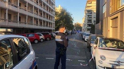 La Policía acordonó la zona y busca al agresor (Lyonmag)