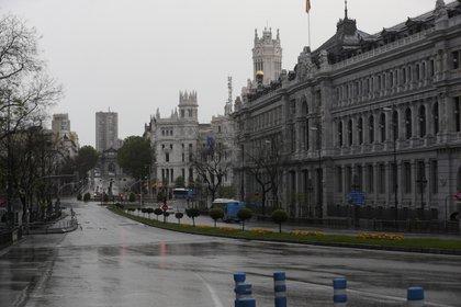 Vista de la intersección entre la calle Alcalá de Madrid. EFE/Kiko Huesca/Archivo