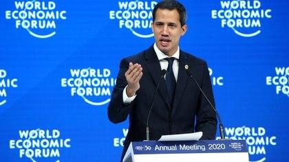 Juan Guaidó participó este jueves del Foro Económico de Davos, en Suiza (REUTERS/Denis Balibouse)