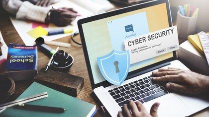 El virus bloquea archivos personales y luego exige un rescate para acceder a éstos (Shutterstock)