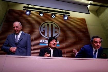 Gustavo Ferreyra, junto a Evo Morales y Raul Eugenio Zaffaroni ((REUTERS/Agustin Marcarian)