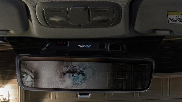 El escáner de iris reconoce al usuario y adapta el vehículo a sus necesidades