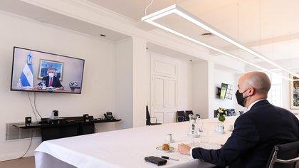 Alberto Fernandez had lunch with Juan Gonzalez, Joseph Biden's special advisor for Latin America, at Olivos' Presidential Palace.