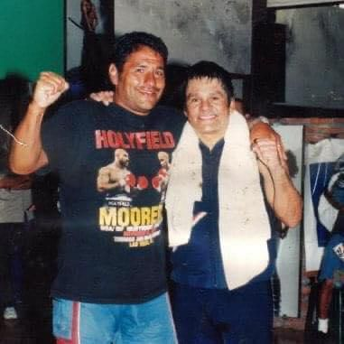 Walter Masseroni y Manos de Piedra Durán sf
