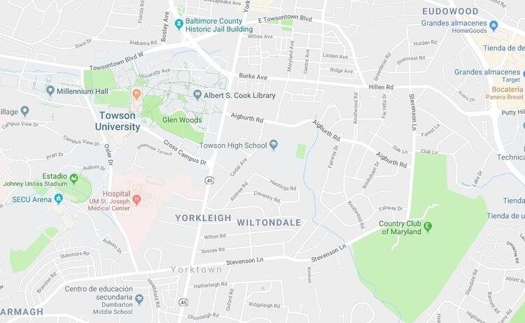 El Departamento de Policía de la Universidad de Towson lanzó una alerta de seguridad para encontrar a la mujer que porta un pañuelo de colores, un abrigo negro y es de tez blanca (Foto: Google Maps)