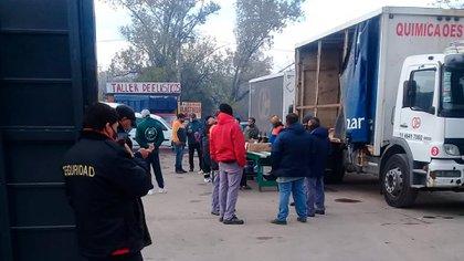 La empresa bloqueada por los Moyano contraataca y presentó una denuncia penal contra el gremio de camioneros