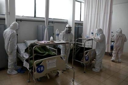 Hospitales de Sedena y SSA en CDMX sin disponibilidad en camas con capacidad de intubación  REUTERS/ Foto de archivo