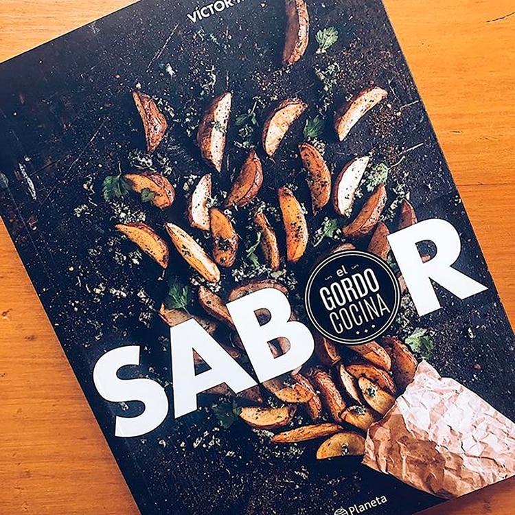 Su libro es la llegada al papel de las recetas más pedidas por sus seguidores en Instagram