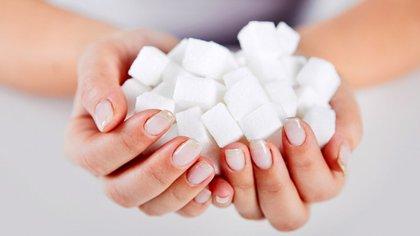 El azúcar puede ocupar el 80% de algunos productos procesados (Shutterstock)