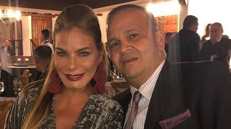 La recordada exseñorita Colombia María Mónica Urbina, junto a su esposoJosé 'Ñeñe' Hernández.