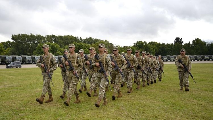 El personal militar goza de un régimen jubilatorio diferenciado del ANSES (Gustavo Gavotti)