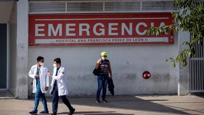 El régimen de Nicolás Maduro informó un nuevo récord diario de muertes por coronavirus en Venezuela: 21