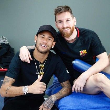 La foto que eligió el brasileño para saludar a Messi en su cumpleaños