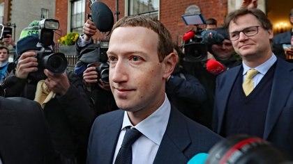 Facebook y Amazon duplican ganancias y Alphabet cae en 2T