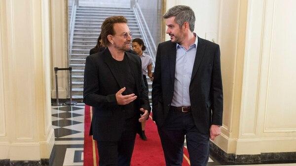 El cantante irlandés junto a Marcos Peña
