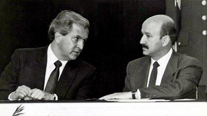 Emilio Lozoya Thalmann era muy cercano a Carlos Salinas de Gortari desde que ambos estudiaron en la facultad de Economía de la UNAM, pero la relación terminó en ruptura (Foto: Especial)