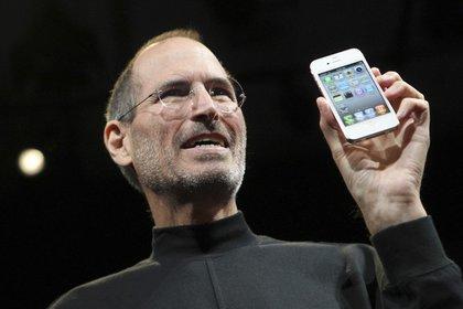 El último gran invento de Steve Jobs en Apple: el Iphone - Reuters