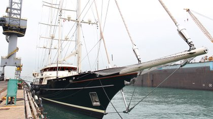 """Barry Tiller's ship, """"The Eos"""": Three masted Bermuda scanners at Hong Kong United Dockyards.  Similar would have been the appointment of Jeff Bezos from Oceanco (Getty Images)"""
